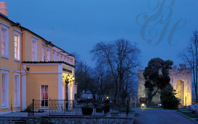 Bunratty Castle Hotel and Angsana Spa вид на фасад