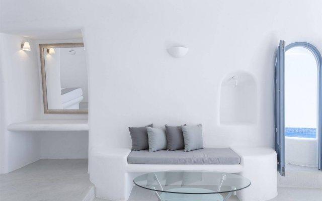 Отель Pegasus Suites & Spa комната для гостей