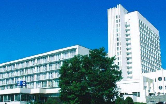 Гостиница Мир вид на фасад