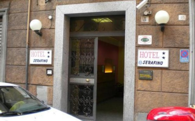 Hotel Serafino вид на фасад