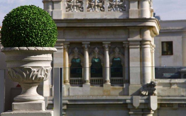 Отель Luxury Suites Испания, Мадрид - 1 отзыв об отеле, цены и фото номеров - забронировать отель Luxury Suites онлайн вид на фасад