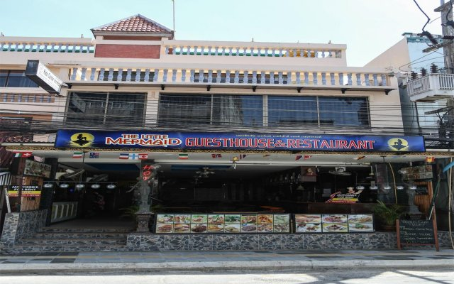 Отель The Little Mermaid Guesthouse And Restaurant пляж Ката вид на фасад