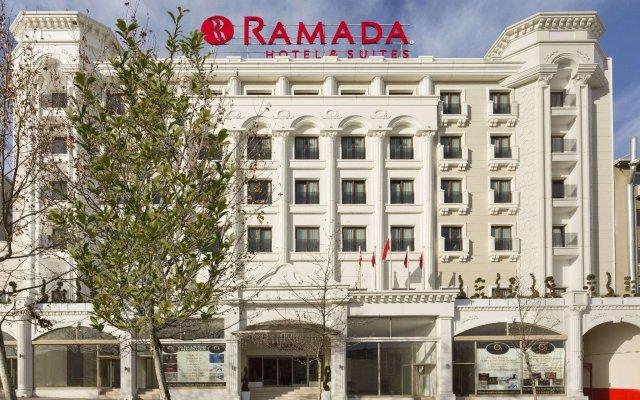 Ramada Hotel & Suites Istanbul Merter вид на фасад