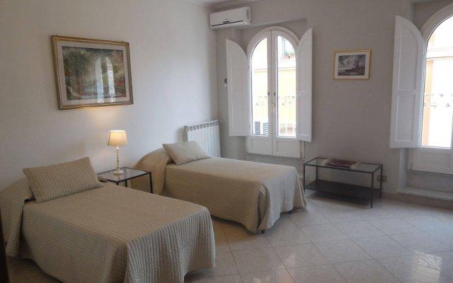 Отель Italy Rents Spanish Steps Италия, Рим - отзывы, цены и фото номеров - забронировать отель Italy Rents Spanish Steps онлайн комната для гостей