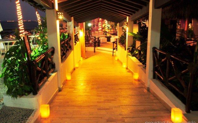 Отель Costa Sur Resort & Spa вид на фасад