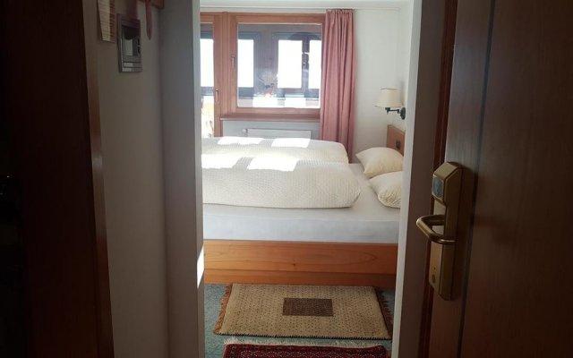Отель B&B Villa Pattis Випитено комната для гостей