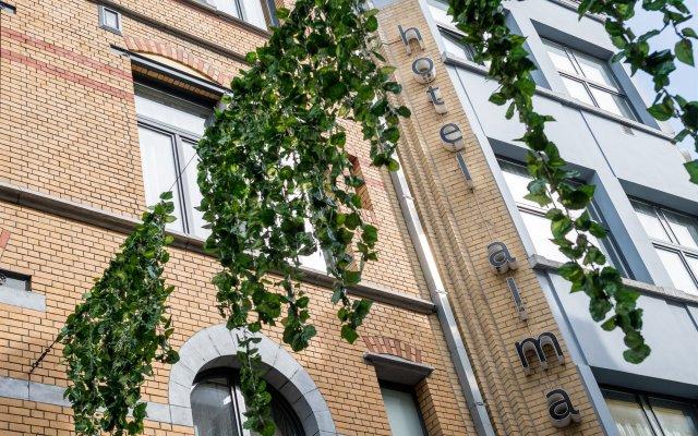 Отель Alma Grand Place Брюссель вид на фасад