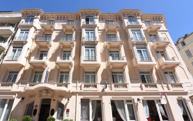 Отель Le Lausanne вид на фасад