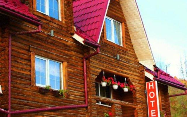 lian Family Hotel & Restaurant вид на фасад