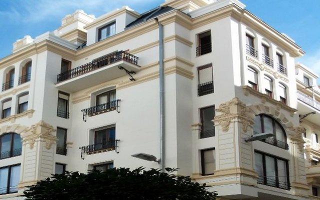 Отель Los Balcones del Arte Испания, Сантандер - отзывы, цены и фото номеров - забронировать отель Los Balcones del Arte онлайн вид на фасад