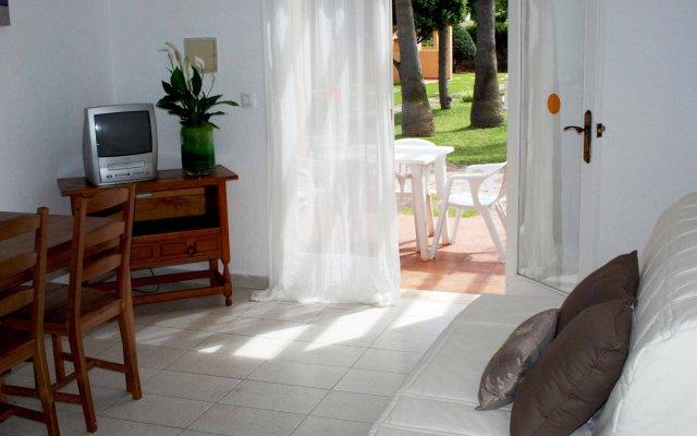 Отель Ses Anneres Aptos. комната для гостей