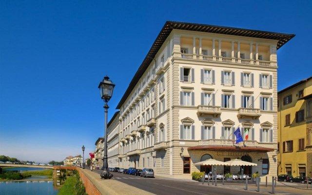 Отель The St. Regis Florence вид на фасад