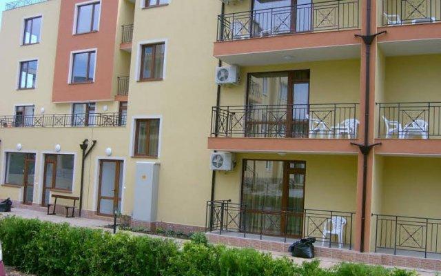 Отель Suite Kremena Болгария, Свети Влас - отзывы, цены и фото номеров - забронировать отель Suite Kremena онлайн вид на фасад
