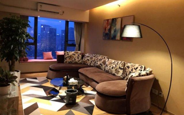 Апартаменты CBD Boutique Serviced Apartment комната для гостей