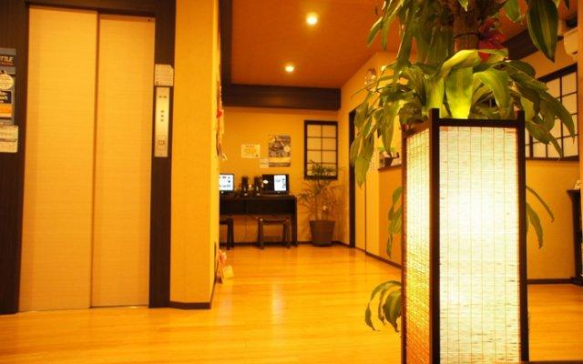 Отель K's House Tokyo Oasis Токио вид на фасад