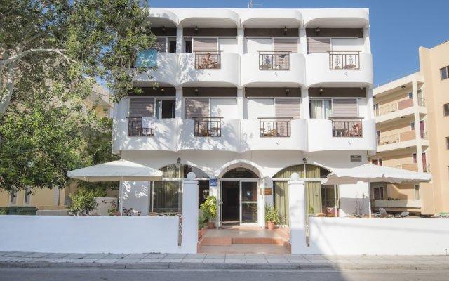 Отель Captain's Hotel Греция, Кос - 1 отзыв об отеле, цены и фото номеров - забронировать отель Captain's Hotel онлайн вид на фасад