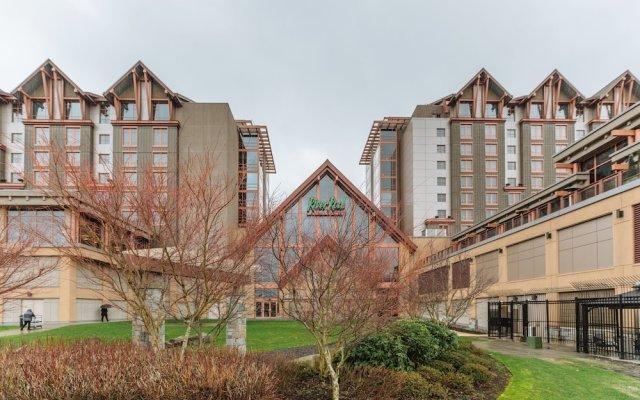 Отель River Rock Casino Resort Канада, Ричмонд - отзывы, цены и фото номеров - забронировать отель River Rock Casino Resort онлайн вид на фасад