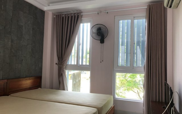 Отель Homestay Des Amis - Ban Huu Хойан комната для гостей