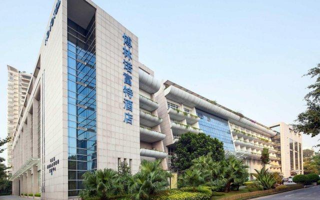 Отель St.Helen Shenzhen Bauhinia Hotel Китай, Шэньчжэнь - отзывы, цены и фото номеров - забронировать отель St.Helen Shenzhen Bauhinia Hotel онлайн вид на фасад
