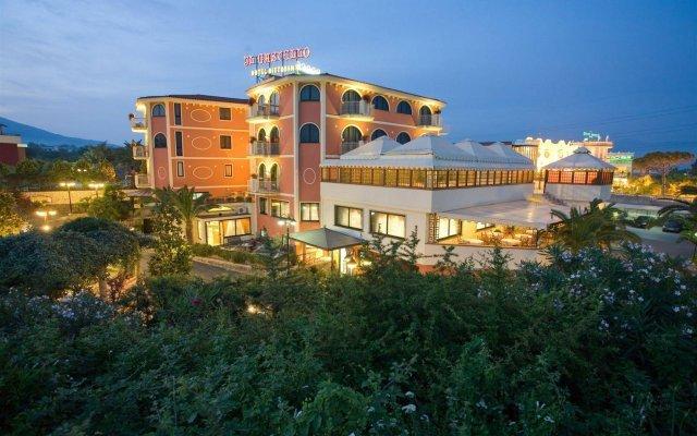Отель Il Castello Италия, Терциньо - отзывы, цены и фото номеров - забронировать отель Il Castello онлайн вид на фасад