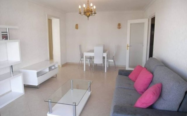 Апартаменты Apartment With one Bedroom in Cannes, With Wonderful City View, Furnis комната для гостей