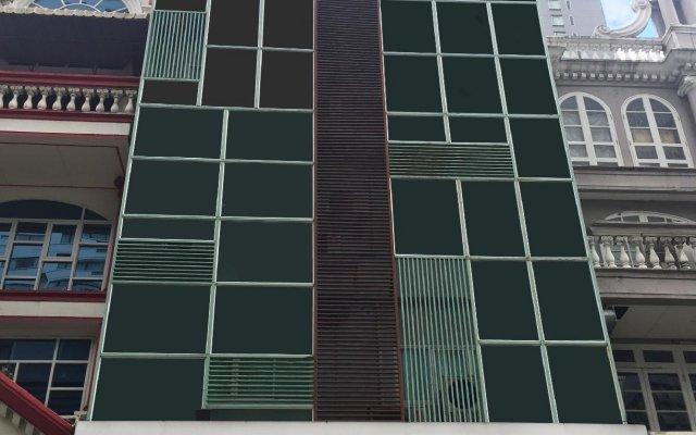 Апартаменты Studio Sukhumvit 11 By Icheck Бангкок вид на фасад