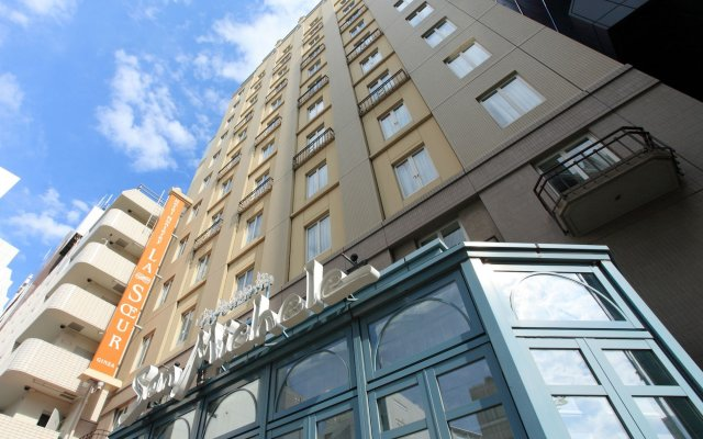 Hotel Monterey Lasoeur Ginza вид на фасад