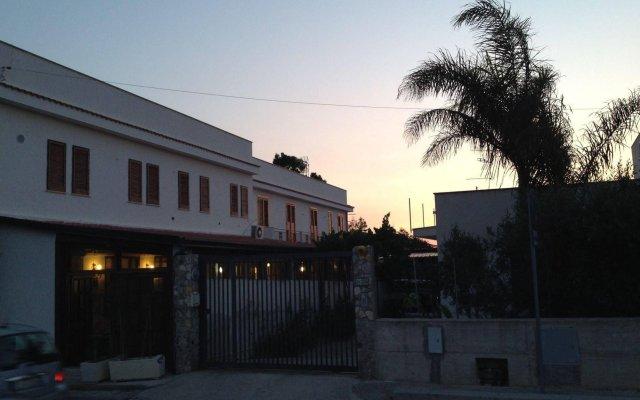Отель Il Pirata Италия, Чинизи - отзывы, цены и фото номеров - забронировать отель Il Pirata онлайн вид на фасад