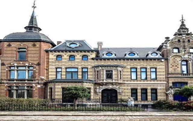 Отель Abondance Logies вид на фасад
