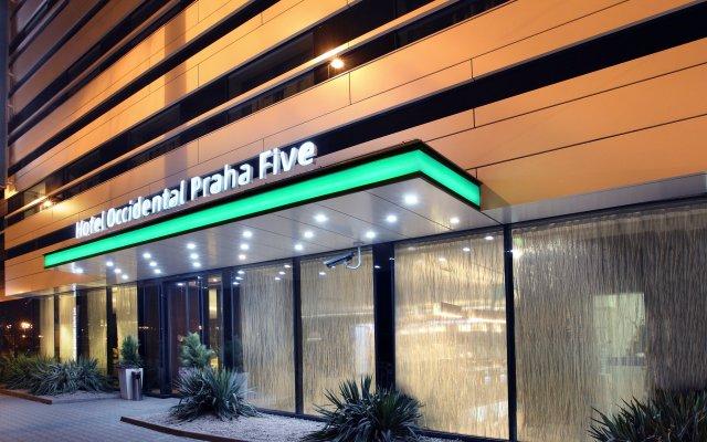 Отель Occidental Praha Five Чехия, Прага - 11 отзывов об отеле, цены и фото номеров - забронировать отель Occidental Praha Five онлайн вид на фасад