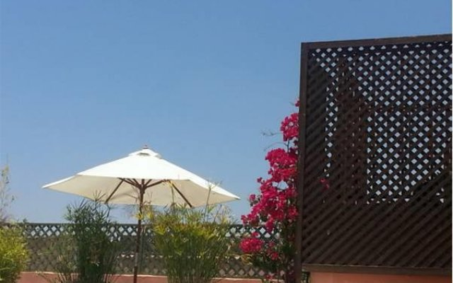 Отель Riad Azza Марокко, Марракеш - отзывы, цены и фото номеров - забронировать отель Riad Azza онлайн вид на фасад