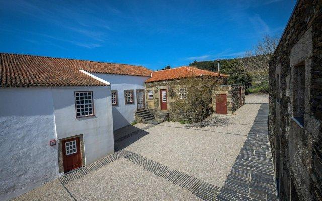 Отель Morgadio da Calçada вид на фасад