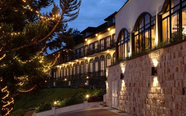 Отель Cameron Highlands Resort вид на фасад