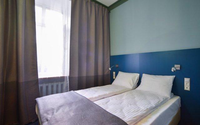 Hotel & Hostel Vstrechi na Arbate вид на фасад
