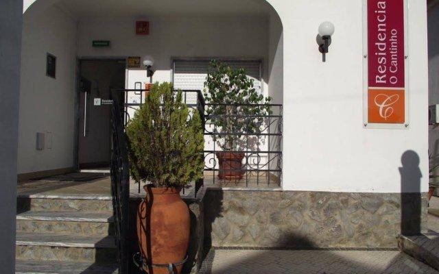 Отель O Cantinho вид на фасад