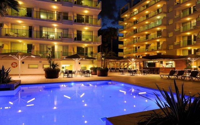 Отель Blaumar Hotel Salou Испания, Салоу - 7 отзывов об отеле, цены и фото номеров - забронировать отель Blaumar Hotel Salou онлайн вид на фасад