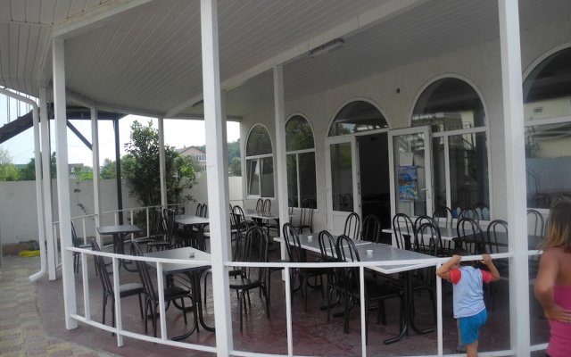 Гостиница Recreation Center Levsha вид на фасад