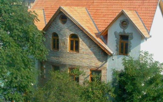 Отель Hungaria Guesthouse вид на фасад