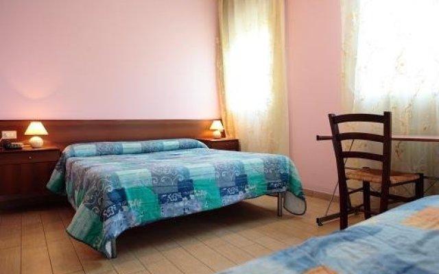Отель Albergo Isolabella Италия, Абано-Терме - отзывы, цены и фото номеров - забронировать отель Albergo Isolabella онлайн комната для гостей