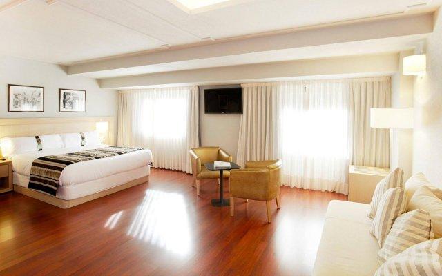 Holiday Inn Andorra 2