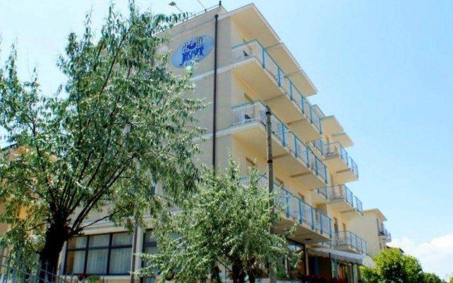 Hotel Jasmine Римини вид на фасад