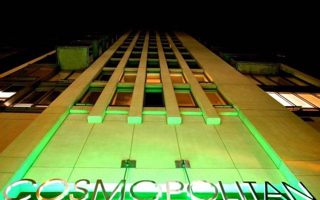 Отель Executive Hotel Cosmopolitan Toronto Канада, Торонто - отзывы, цены и фото номеров - забронировать отель Executive Hotel Cosmopolitan Toronto онлайн вид на фасад