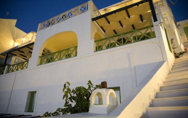 Отель Adamis Majesty Suites Греция, Остров Санторини - отзывы, цены и фото номеров - забронировать отель Adamis Majesty Suites онлайн вид на фасад