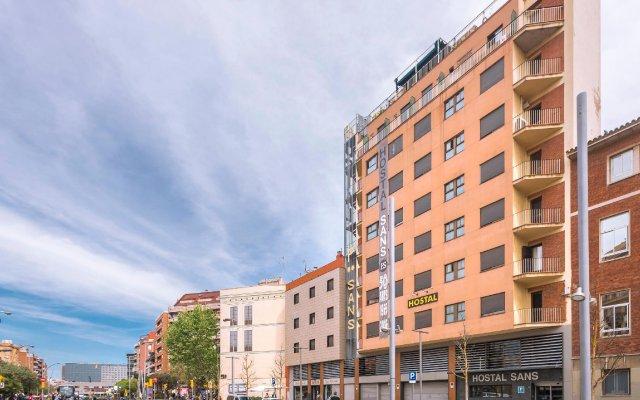 Отель Hostal Sans Испания, Барселона - отзывы, цены и фото номеров - забронировать отель Hostal Sans онлайн вид на фасад