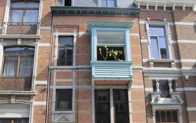 Отель B&B Villa Thibault вид на фасад