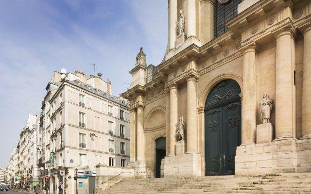 Отель Hôtel Londres Saint Honoré Франция, Париж - отзывы, цены и фото номеров - забронировать отель Hôtel Londres Saint Honoré онлайн вид на фасад