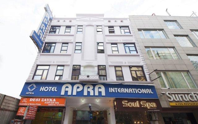 Hotel Apra International вид на фасад
