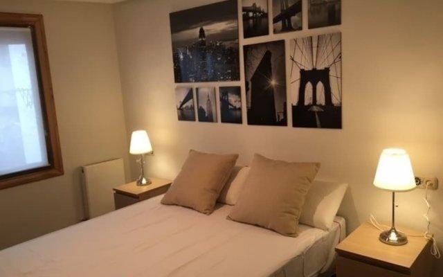 Отель Iñigo enjoy the old town комната для гостей