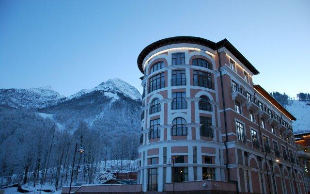 Гостиница Долина +960 в Красной Поляне 4 отзыва об отеле, цены и фото номеров - забронировать гостиницу Долина +960 онлайн Красная Поляна вид на фасад