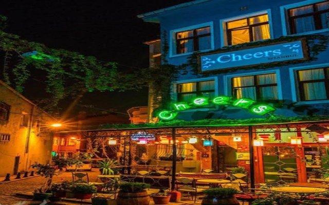 Cheers Hostel Турция, Стамбул - 1 отзыв об отеле, цены и фото номеров - забронировать отель Cheers Hostel онлайн вид на фасад